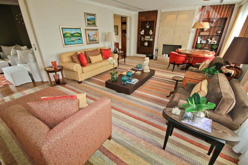 belissimo apartamento de alto padrão para venda! espetacular apartamento semi mobiliado com 4 suites sendo a...
