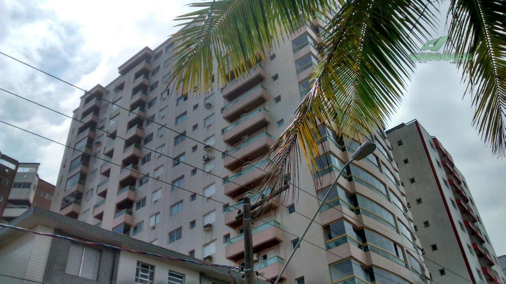Enorme apartamento com 1 suíte em Praia Grande no Campo da Aviação frente Mar