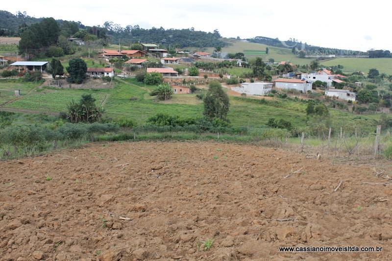 Terreno rural à venda, Bairro Hiroy, Salesópolis.