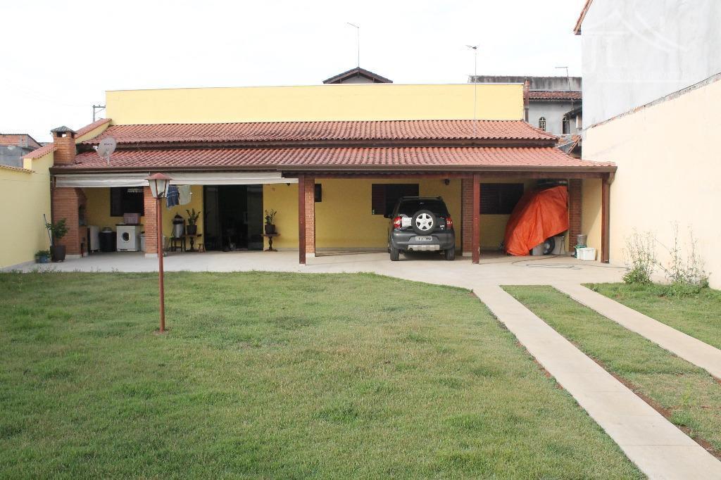 Excelente Casa no Centro de Biritiba Mirim