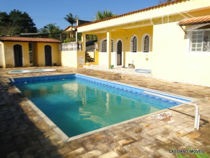Maravilhosa Chácara completa com piscina e duas casas Biritiba Mirim - SP