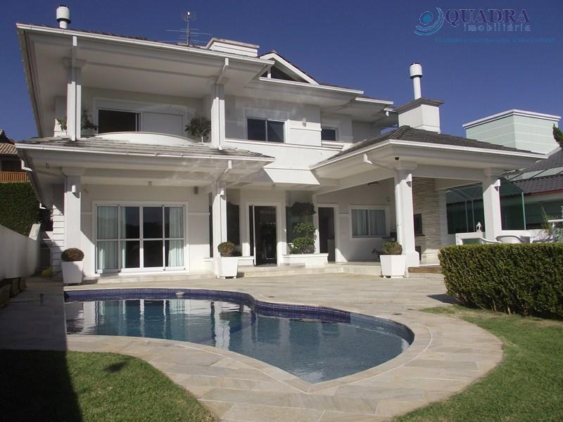 Linda casa residencial à venda, Jardim Itália, Florianópolis.