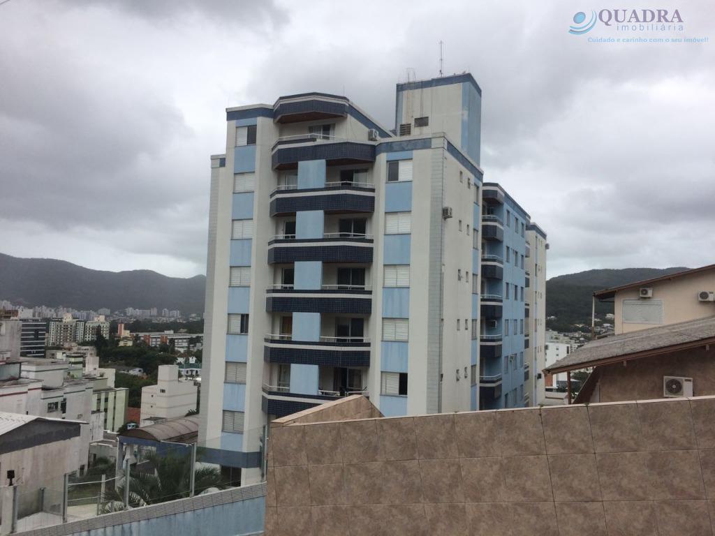 Apartamento residencial à venda, Trindade, Florianópolis.