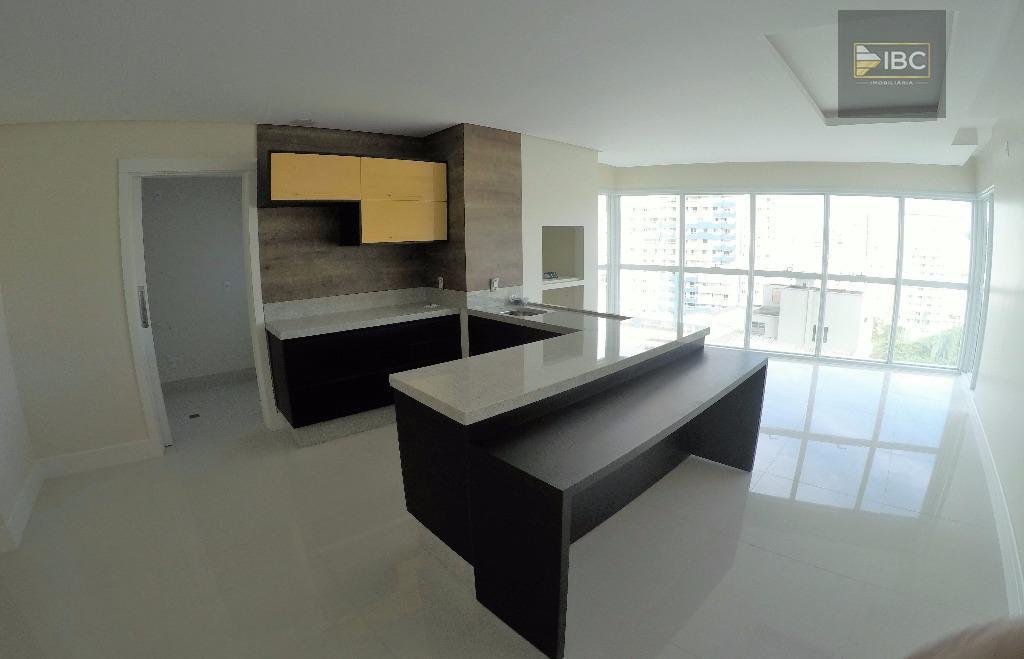 apartamento 03 suítes, balneário camboriú > aceita permuta em curitiba. empreendimento imponente com fachada moderna em...