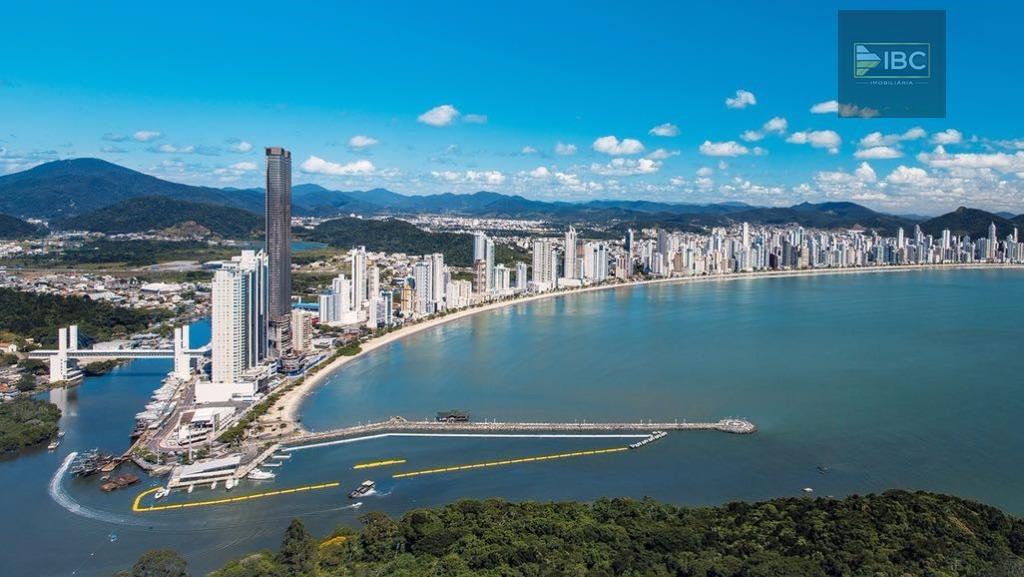 yachthouse - maior edifício do brasil com 81 andares e 275 metros de altura. analisa aceite...