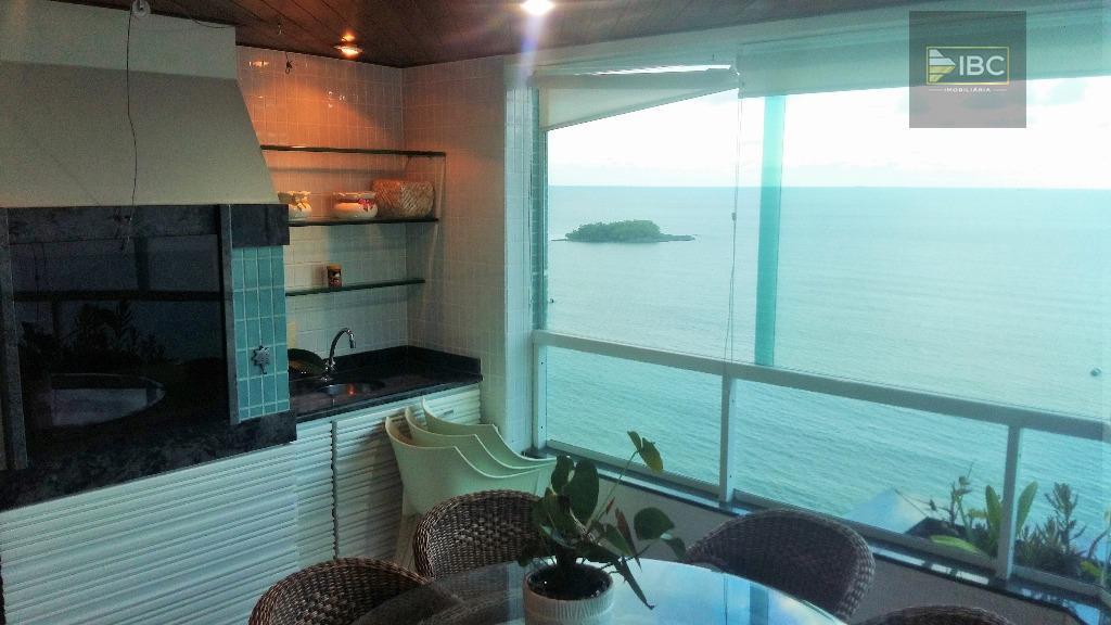 frente mar 03 suítes. amplo apartamento frente mar em localização privilegiada, próximo a inúmeros comércios e...
