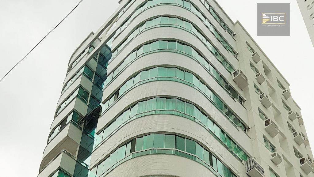Apartamento 3 dormitórios em Balneário Camboriú analisa 100% em permuta por imóvel em Curitiba ou SP Capital