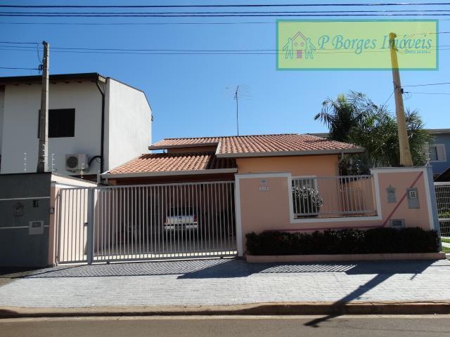 Casa Térrea 3 dormitórios, sendo 1 suíte  - Terras do Barão - Campinas