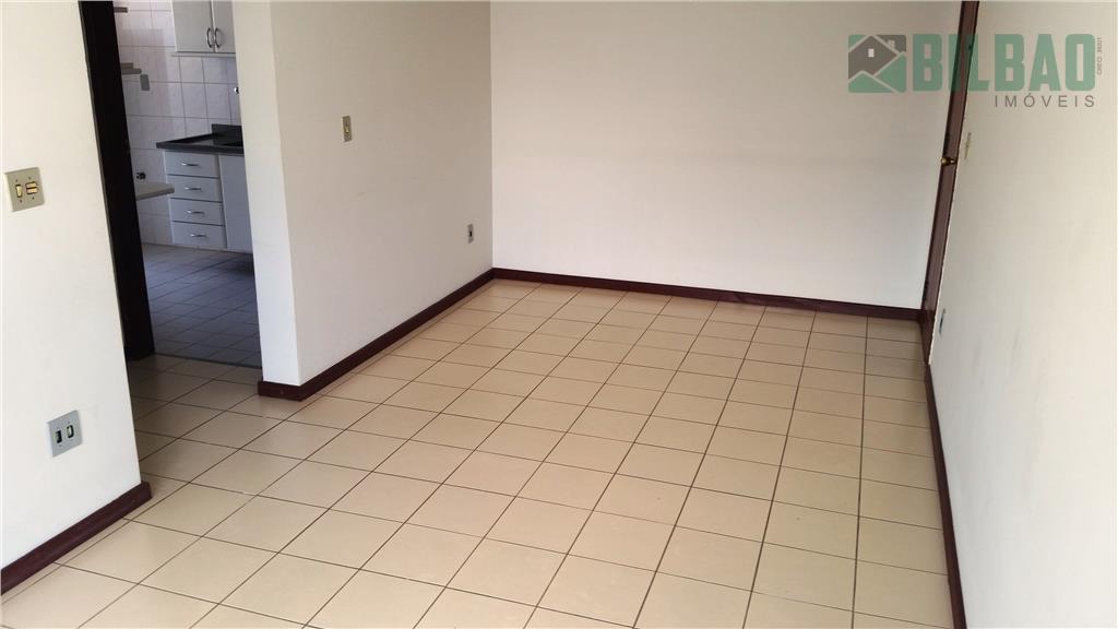 excelente apto. com 1 dormitório, armário embutido, piso frio, varanda na sala, cozinha planejada e 1...