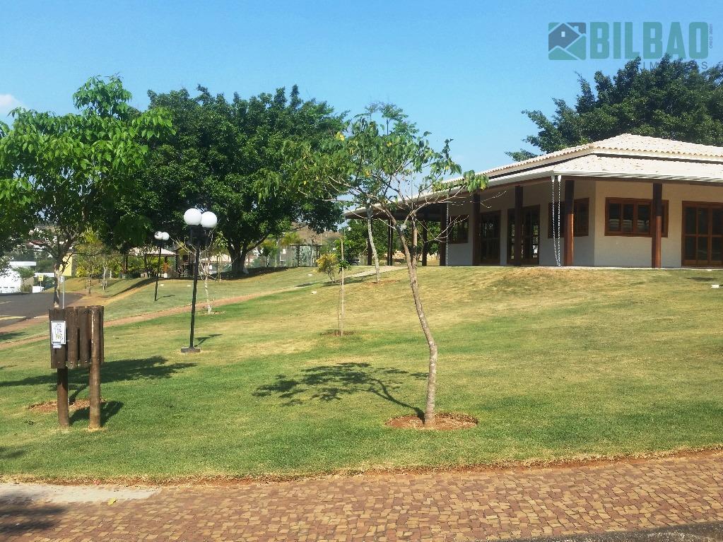 sobrado moderno no arboreto jequitibás em campinas, com 4 suítes, sendo uma master com varanda, living...