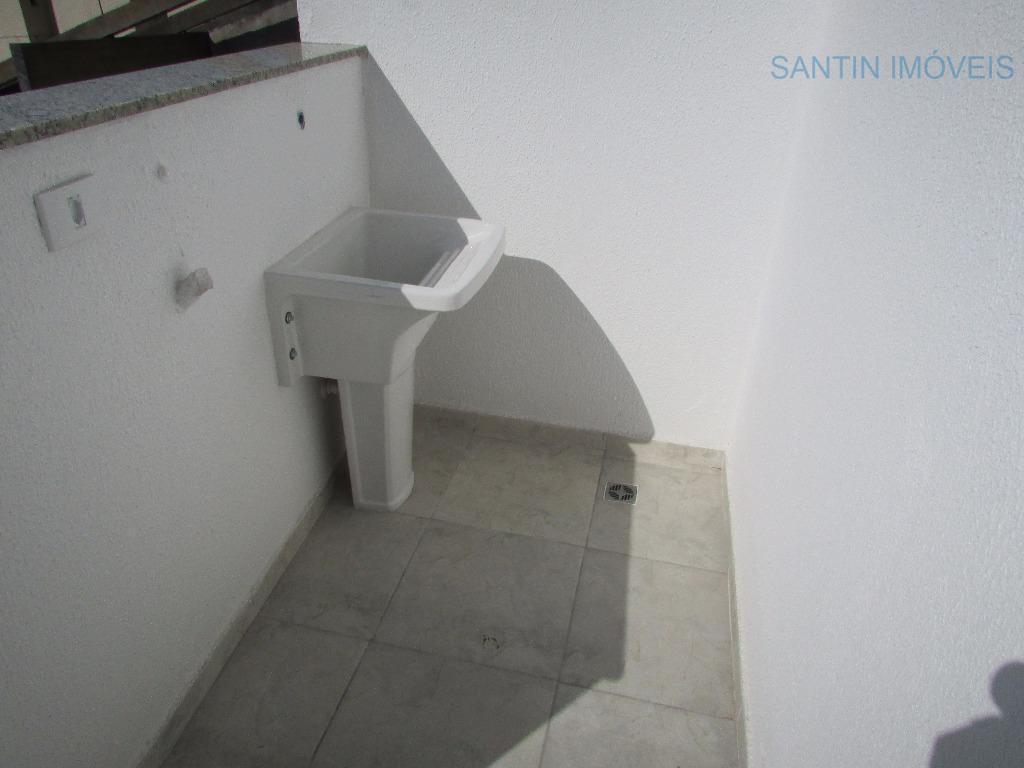 cobertura sem condomínio com 02 dormitórios , sala 02 ambientes, cozinha , w. c social, área...