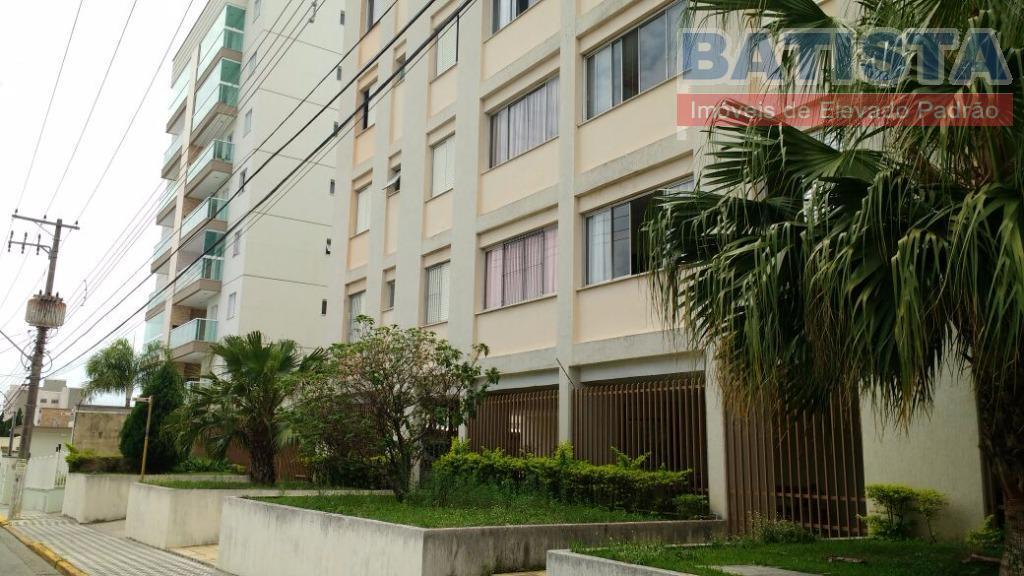 Apartamento residencial à venda, São Benedito, Pindamonhangaba.