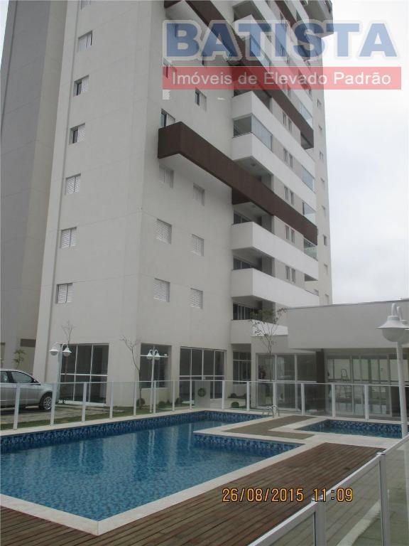 Cobertura residencial para locação, Centro, Pindamonhangaba.