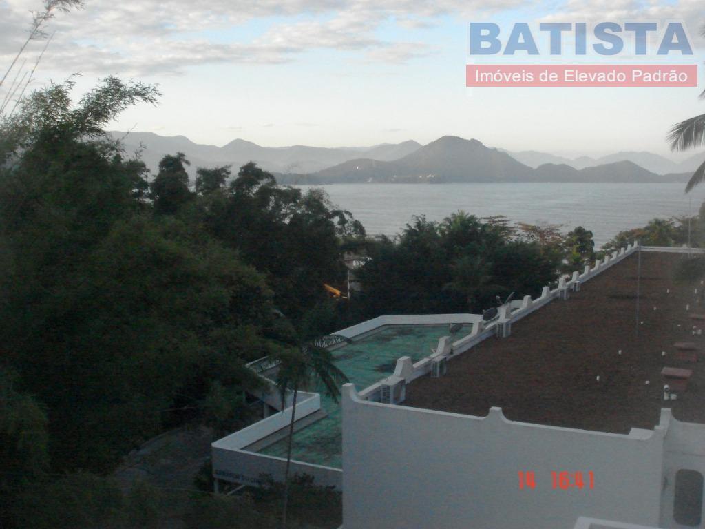 Apartamento residencial para locação, Praia das Toninhas, Ubatuba.
