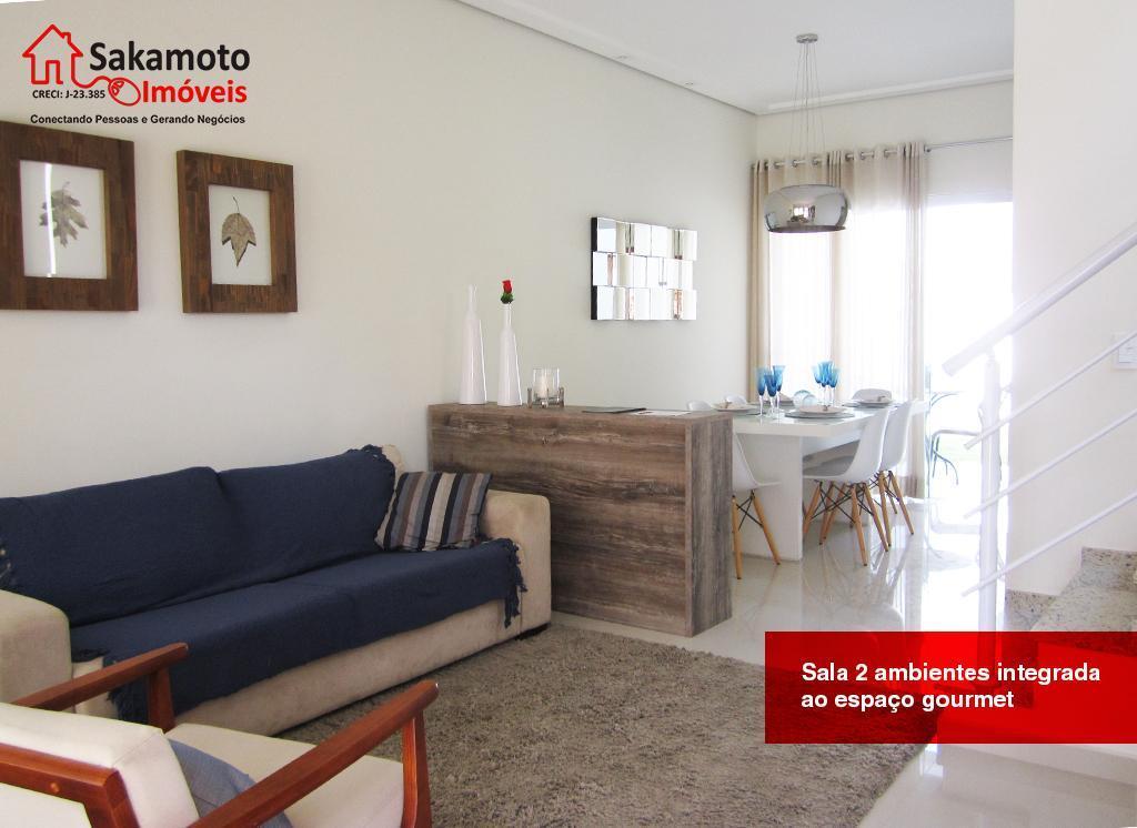 sobrados em condominio agradável com excelente localização!3 dormitórios, sendo 1 suíte ampla com sacada, 2 vagas...