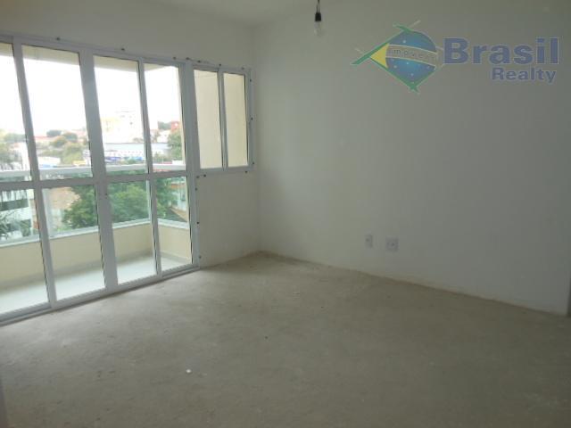 Apartamento de 82m² de área útil e 2 vagas de garagem, Vila Gilda, Santo André.