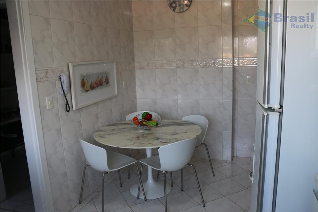 apartamento impecável! 159m² - rico em planejados - sala de 40m² com lareira e varanda com...