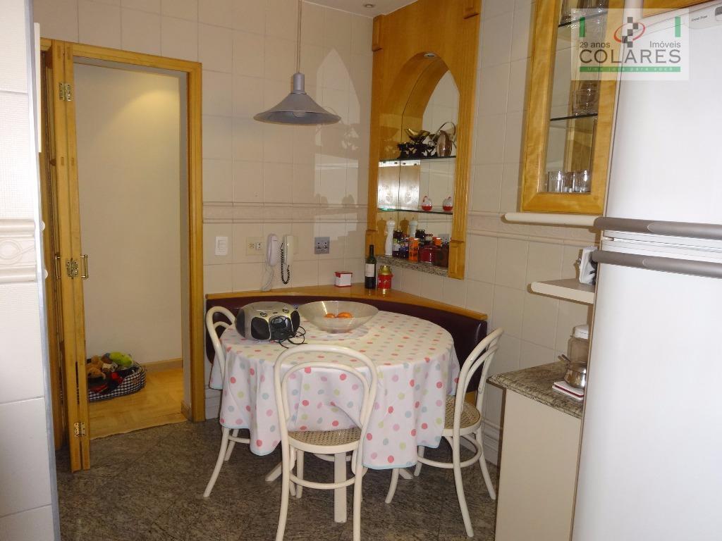 campo belo, apartamento impecável na conservação, amplo terraço fechado com vidro 8 mm, sala de jantar...