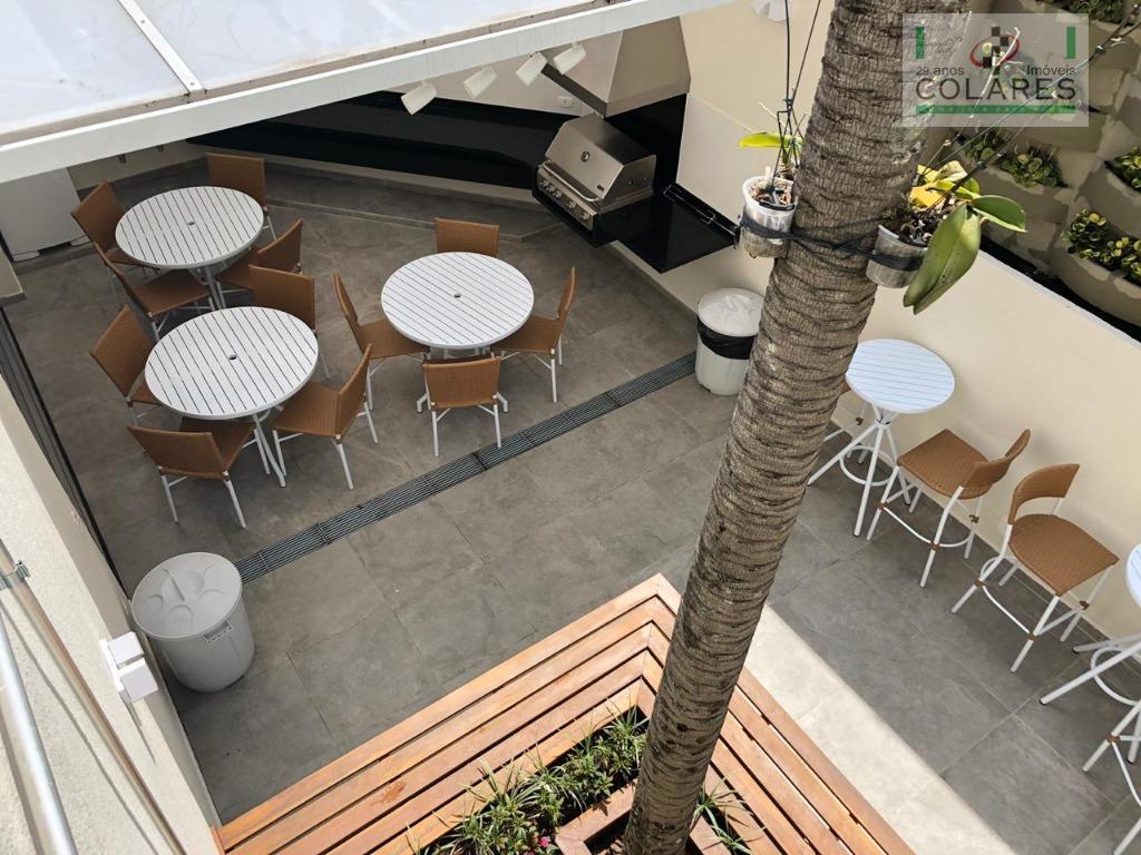 campo belo, apartamento com reforma projetada por profissional de renome, com acabamentos e combinações decorativas e...