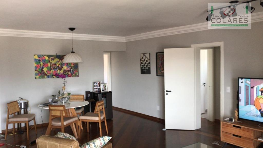 apartamento amplo, repleto de armários, sacada, andar alto com vista livre, excelente localização do brooklin, lazer...