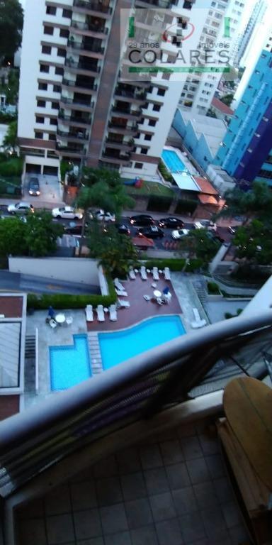 excelente apartamento com terraço, andar alto, claro e ensolarado, edifício com lazer, condomínio baixo, no coração...