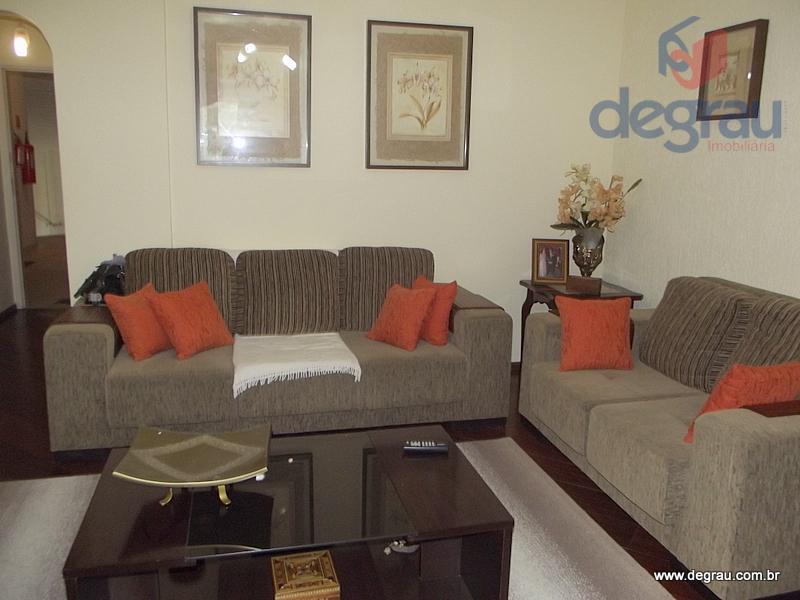 Praia das Astúrias, apartamento com 3 dormitórios (1 suíte) e 1 vaga de garagem.
