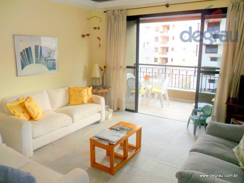 Apartamento de 3 suítes na região da Brunella, 500 metros da praia, com piscina.