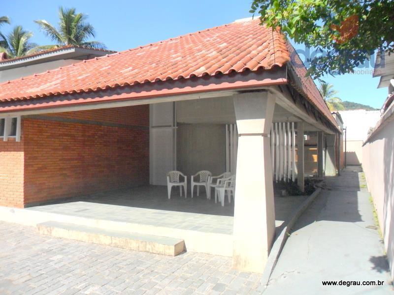 Excelente casa de 3 suítes, 200 metros da Praia de Pernambuco