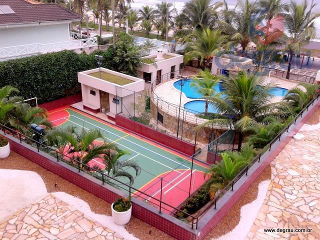 Praia do Tombo, apartamento com 3 suítes e mobiliado.