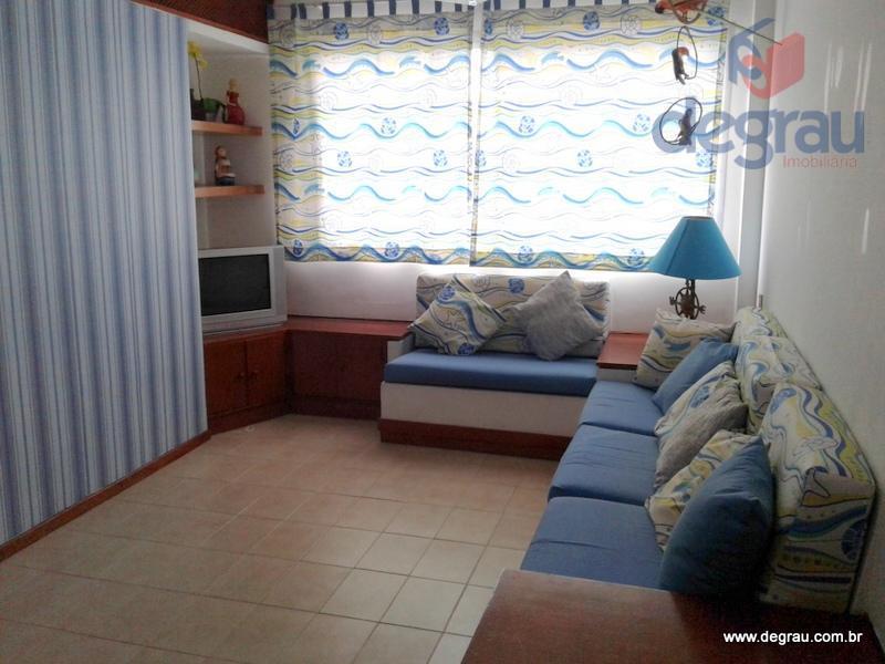 Enseada, apartamento com 1 dormitório. elevador, garagem, churrasqueira, sala de jogos e festas.