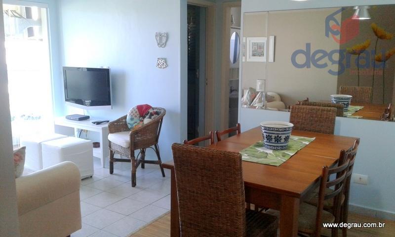 Enseada,apartamento impecável com 2 dormitórios, lazer e vista para o mar.