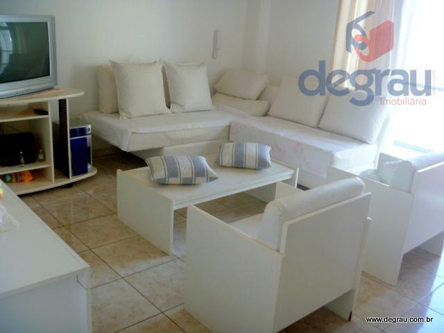 Pitangueiras: Apartamento para venda e locação anual.