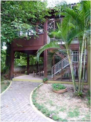 sobrado em condomínio - barão geraldo - locaçãocondomínio charmoso, arborizado, no centro de barão geraldo.próximo ao...