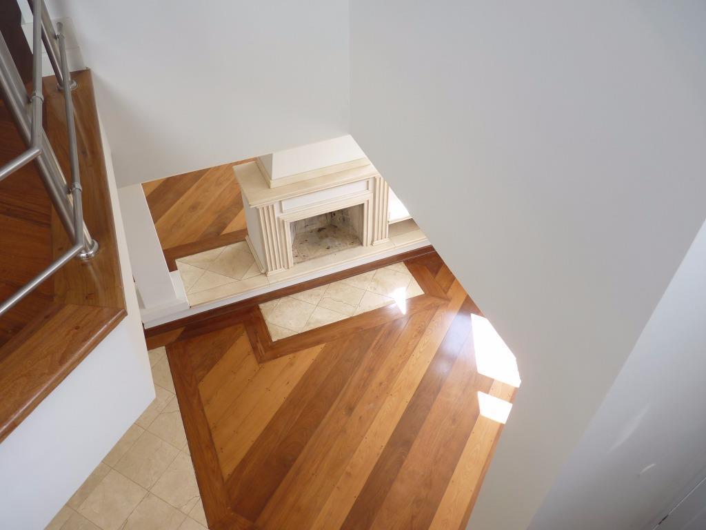 maravilhosa residência - condomínio alto padrão - colinas de santander - bem localizado e seguro -...