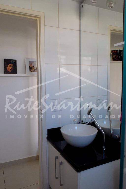 excelente apartamento - condomínio ambiance iapartamento com 2 dormitórios, a/e, wc social, sala 2 ambientes com...