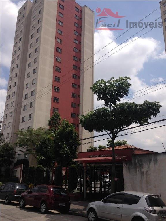 Apartamento residencial à venda, Vila Carmosina, São Paulo - AP0731.
