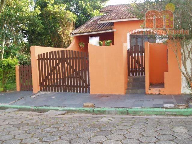 Casa à venda em Peruibe, no Balneario Stella Maris.