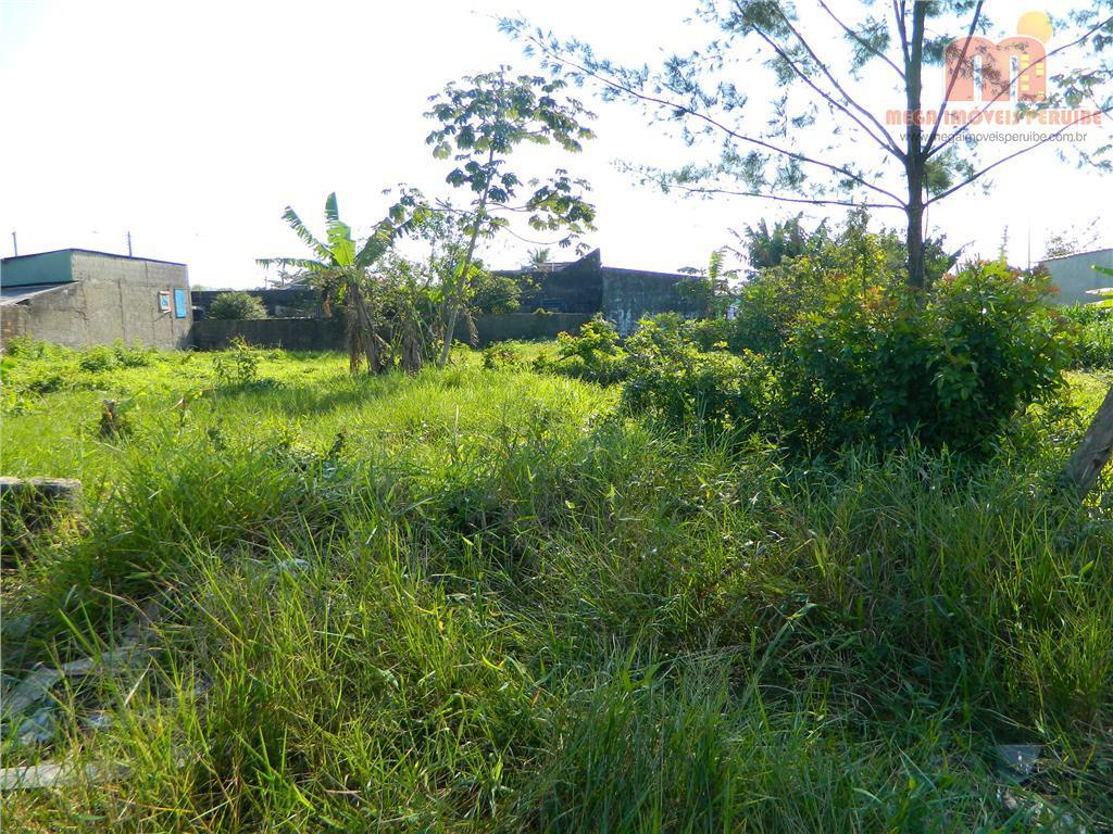 terreno em peruibe, em bairro com predominancia de moradores, proximo á comercio e escolas, podendo comprar...