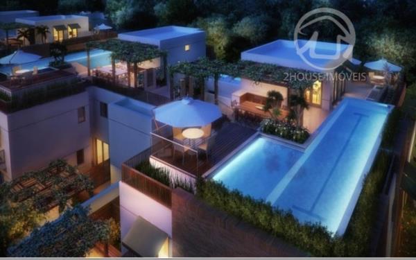 Condominio de casas de alto padrao. localizado a poucos metros do Shopping Iguatemi. conceito de apto garden.  Casa com 669 m2. sendo 349 metros de jardim privativo. 4 suites. 5 vagas no subsolo.  Preco do m2 bem abaixo do praticado na regiao.