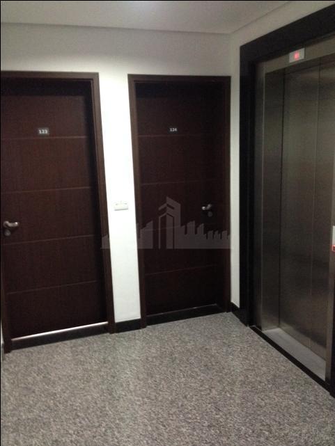oportunidade, conjunto comercial cobertura duplex 60m2hall decorado, com catracas e controle de acesso .prédio com ótimo...