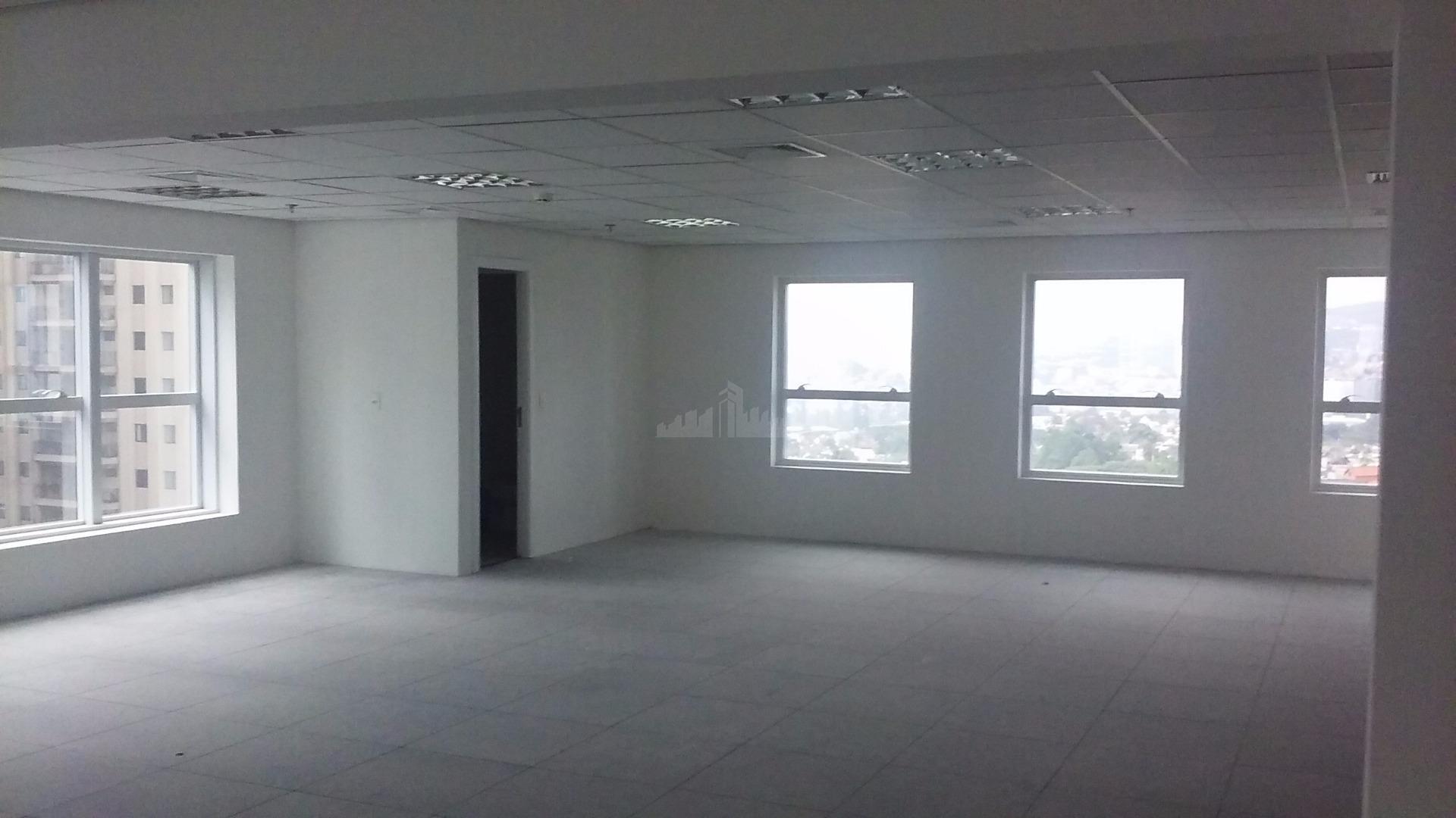 Laje de 504 m2, no centro de alphaville com 12 vagas. Edifício de alta-tecnologia. Pronta para mudar.