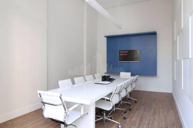 studio a venda de 33 m² , andar alto , sala e cozinha , unidade toda...