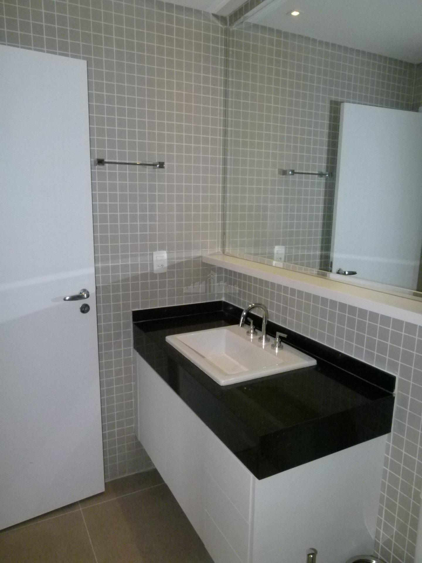 apartamento com 104 m², 1 dormitório, 2 vaga na vila nova conceição. sala com cozinha gourmet...