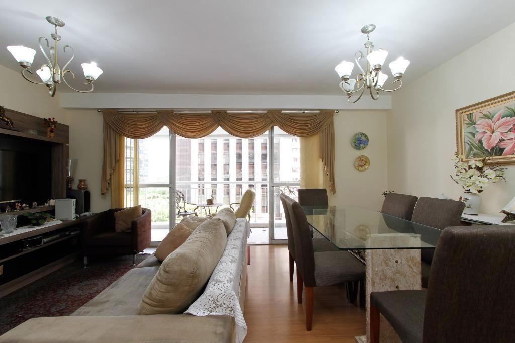 Apartamento alto padrão de 111 metros , 3 dormitórios , 2 suítes no Brooklin