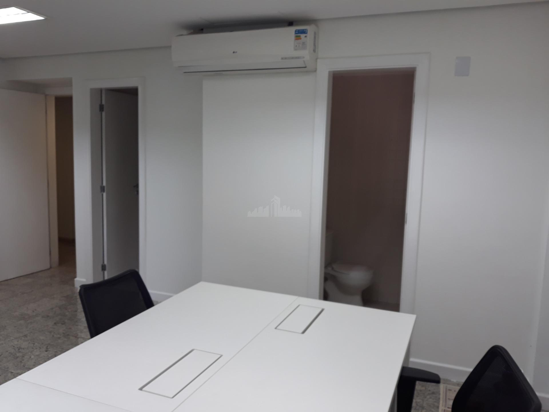 sala comercial com 31 m² , 2 banheiro, 1 vaga de garagem. ficando ao lado da...