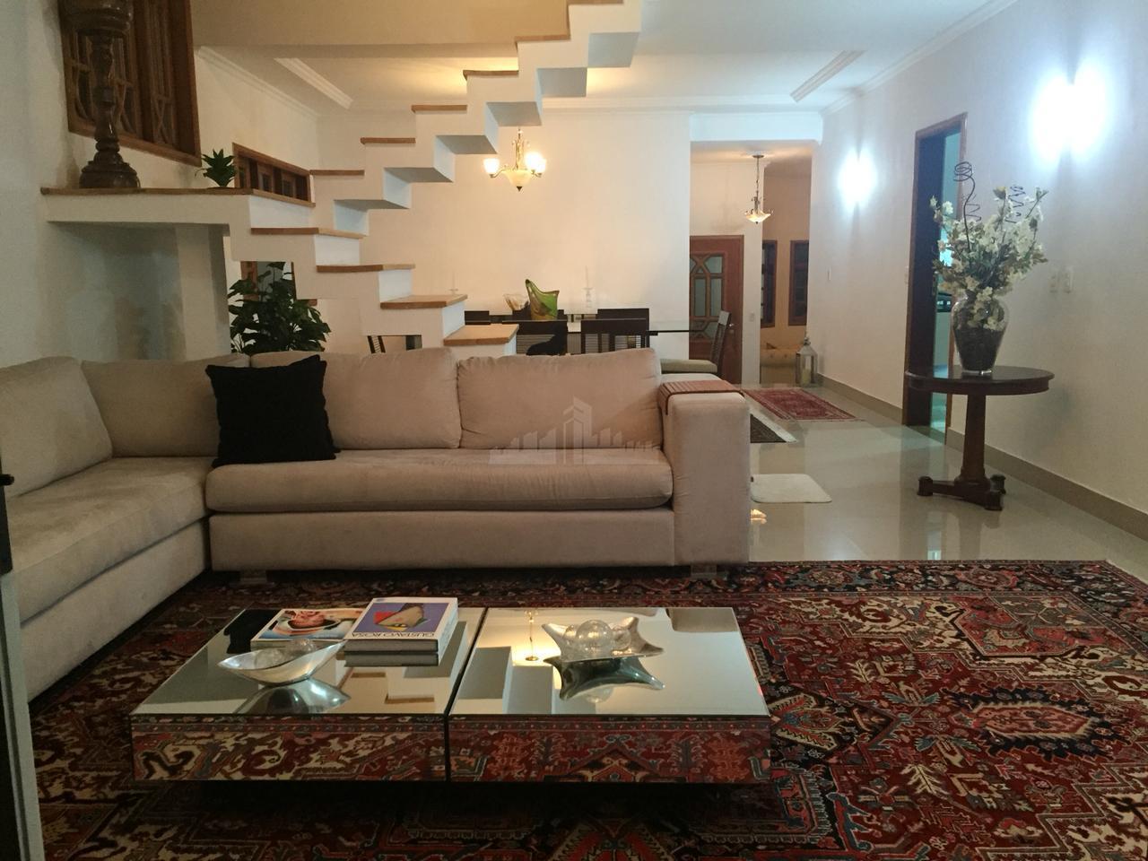 excelente casa com 3 dormitórios sendo, três suítes com closet, + 1 suite no térreo, armários...