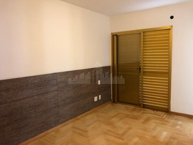 apartamento de 107 m² de área útil, com 3 dormitórios (sendo 1 suíte - com closet),...