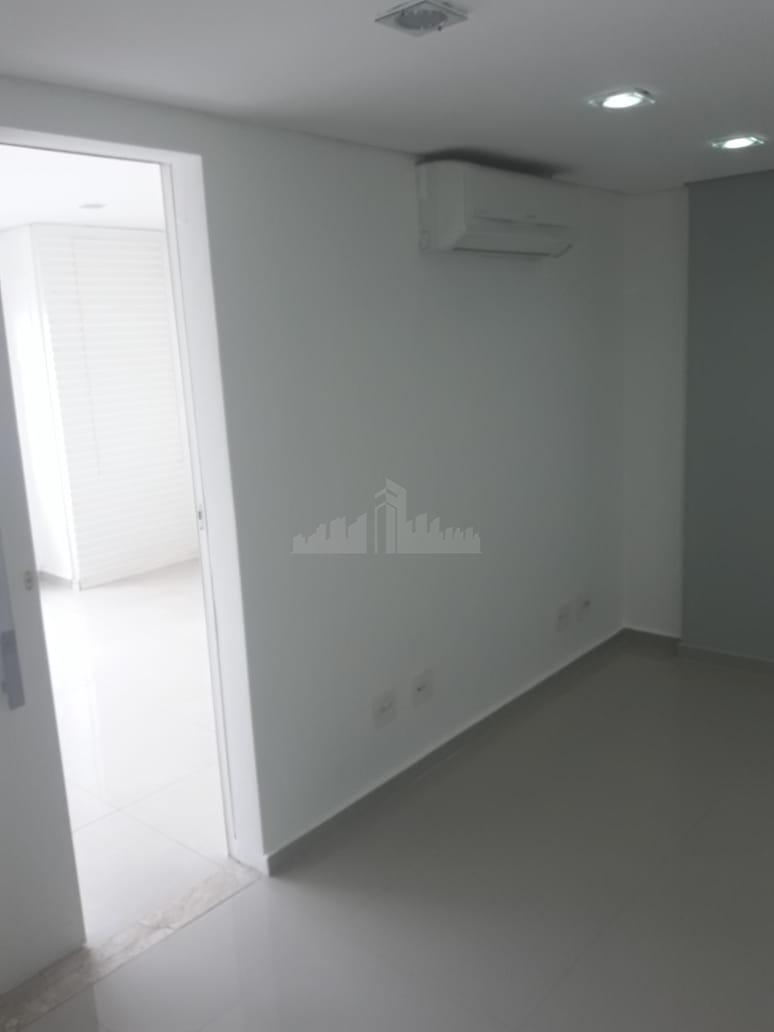 sala com um pouco mais de 40 m² contém ar- condicionado ,1 banheiro, 1 vaga de...