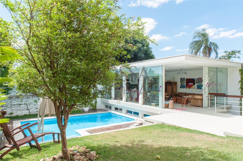 Uma casa planejada para ser  funcional e charmosa