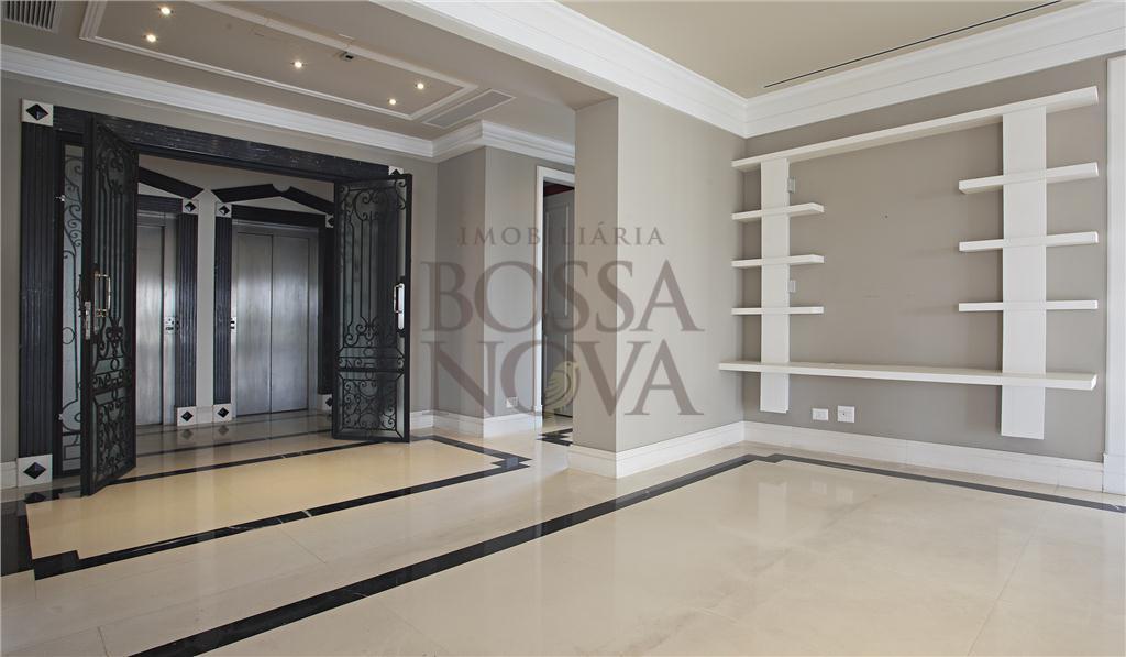 Excelente apartamento, altíssimo padrão, andar alto e vista incrível.
